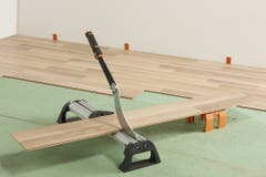 Cutter pentru taiat parchet laminat si vinil Magnusson, 320 mm