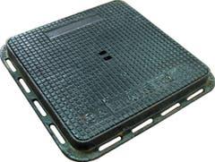 Capac patrat pentru canal, din fonta ductila, 31 x 31 x 3.5 cm